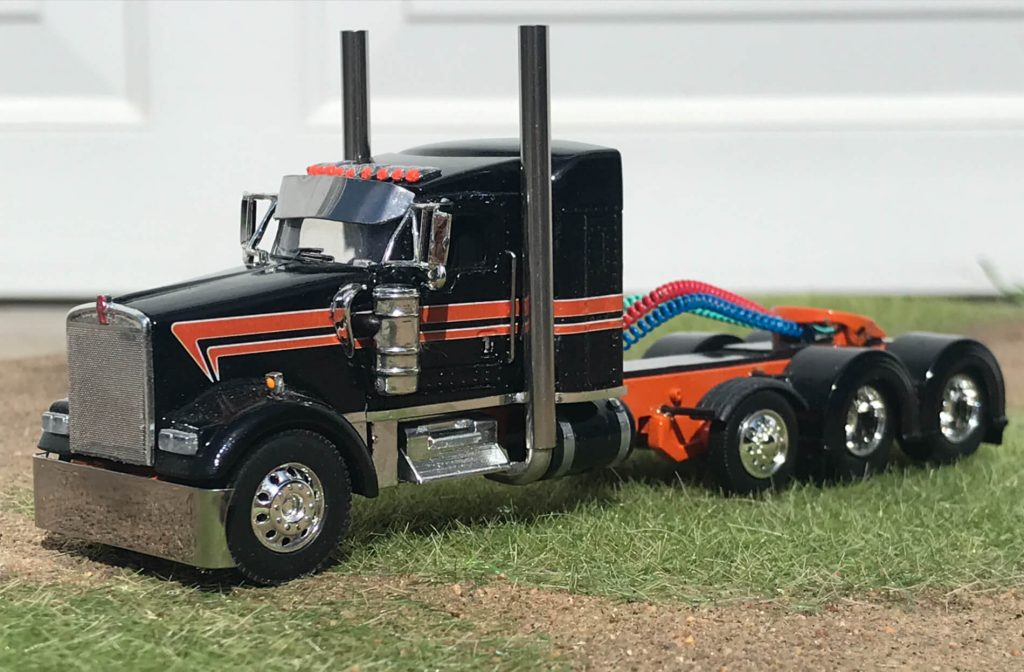 custom model built by rockin h farm toys